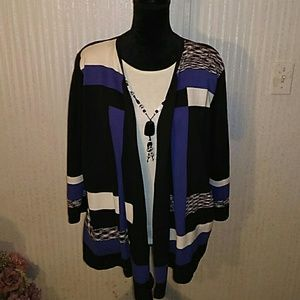 One piece cape sweater with attached shell and ne